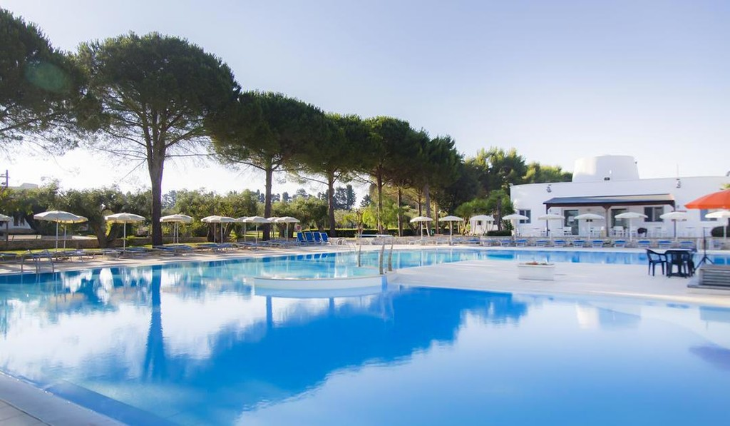 Puglia - Dolmen Sport Resort 4*